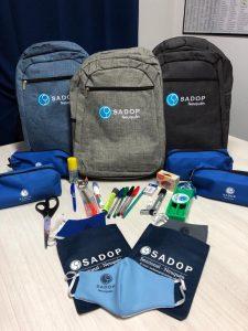 Lee más sobre el artículo Sadop Informa Entrega de kits escolares y cartuchera docente 2021